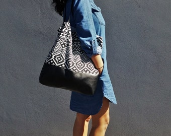 Black and White Aztec Print//Faux Leather+Cotton Vegan Tote//Ladies Handbag//Shoulder Bag