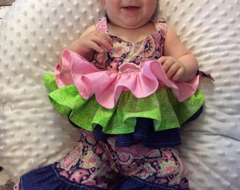 Baby girls ruffle outfit