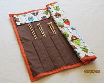 Knitting needle roll