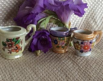 Vintage Oriental miniature porcelain toy size porcelain creamer Japan