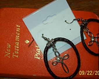 Elegant Silver Cross earrings with rhinestones with dyed leather hoop