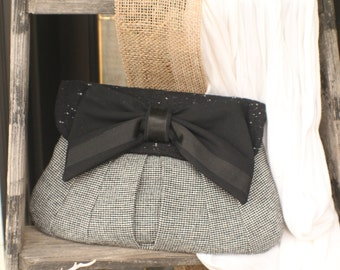 Medium Herringbone Wool Bow Clutch