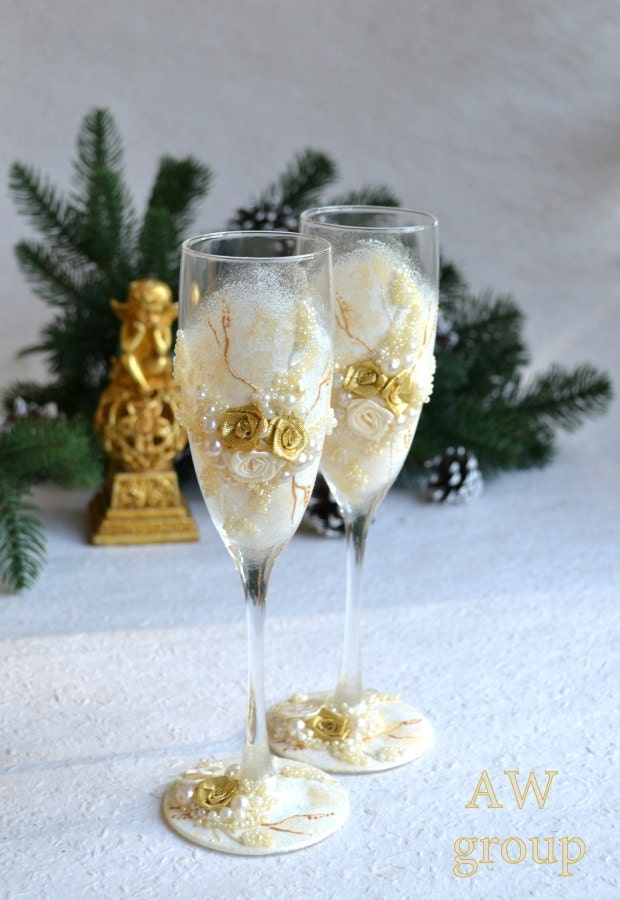 personalized wedding flutes wedding toasting glasses champagne