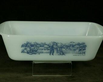 Currier & Ives Vintage Glasbake Bread Pan