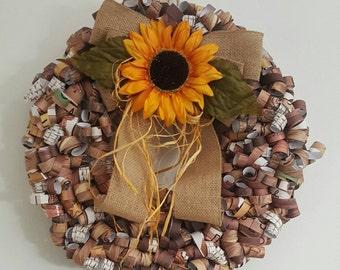 Woodgrain print curly paper wreath