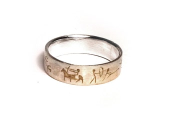 "Yellow ring ""Petroglyph"""