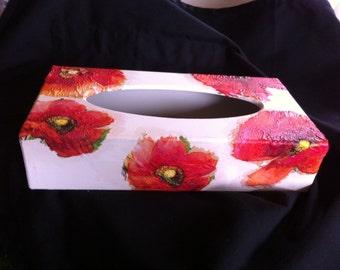 Poppy tissue box holder