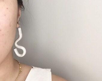 handmade white pearl squiggle earrings // polymer clay