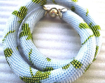 Dragonfly bead tourniquet