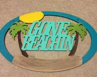 """20"""" Gone Beachin door hanger"""