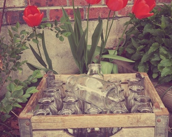 Vintage milk crate and bottles