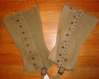 WWII U.S. Leggings mismatched set size 3 1943 dated