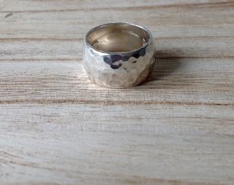 Sterling Silver Hammered Band Sz. 6 Women's Ring