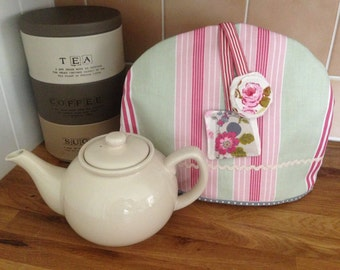 Retro tea cosy