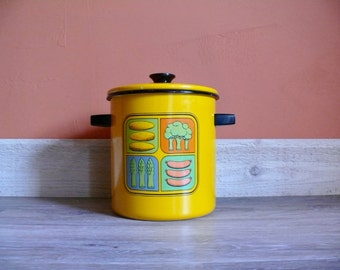 Bright Yellow Enamelware Vegetable Steamer, Vintage Enamel Multipurpose Cooker, Stock Pot, Camping Trip, Retro Mod 80s Kitchen
