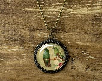 Lovely Birds pendant necklace, Hummingbird necklace, Vintage style bird necklace