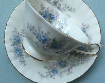 Royal Albert vintage tea cup and saucer 'Blue Blossom', Royal Albert teacups, floral tea cup