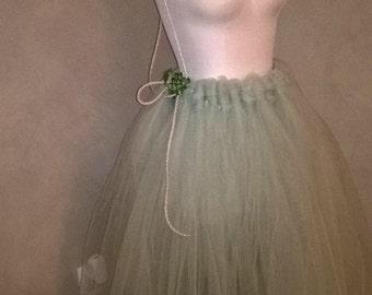 Tulle Skirt (No sew)