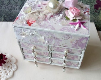 Miniature commode Shabby Chic style, altered matchbox dresser
