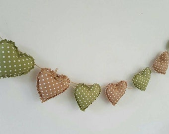 Hand Made Shabby Chic 7 Heart fabric Garland Bunting Beige Green Spots & Bows