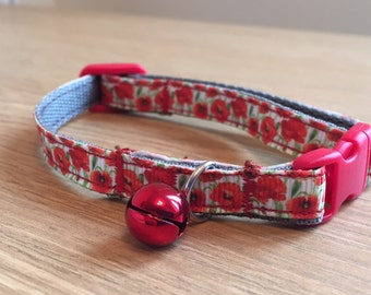Poppies Floral Cat Collar (Quick Release)