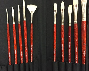 Brushes for Oil Painting, selection of 10 Daler Rowney brushes in a zip up wallet