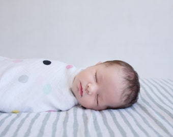 Emma Brooke Design, Muslin Baby Swaddle, LePaint Grey, GOTS Organic Cotton Wrap Baby Blanket, Baby Shower, Gift Box, Pram, Nursing, Play Mat