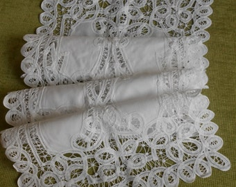 Exceptional road table/Cabinet lace belgica.blanco 35 x 125