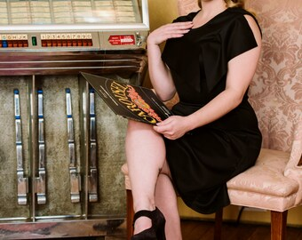 Eleanor 1940's pinup vintage style dress in black techno pique