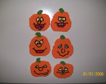 Plastic Canvas Pumpkin Magnets