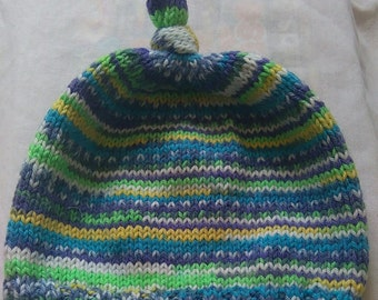 Hand Knitted Top Knot Hat, Ages 4-5 Years