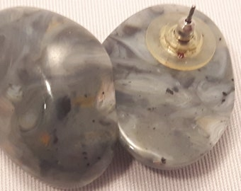 "Resin Stud Earrings ""Stone"" Look"