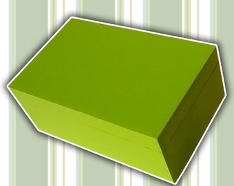 Wooden box, jewelry box, jewelry box, gift, wooden box for jewelry. Lime green color.