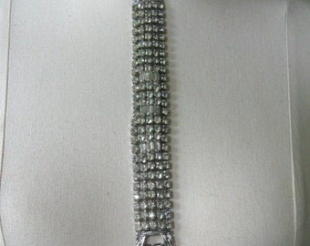 Wonderful Glitzy Vintage KRAMER of NEW YORK Signed Rhinestone Bracelet