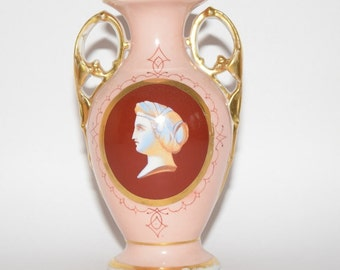 French Old Paris Cameo Vase 1855-60 Cameo Amphora Style with double handles