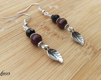 Earrings with garnet