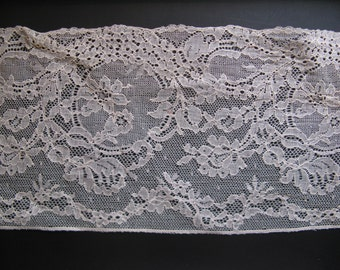 Beautiful antique French side! High 14 cm, length approx 1 meter ... 1920s!