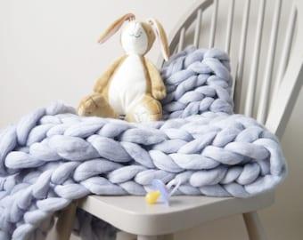 Chunky knit grey blue baby boy blanket - soft grey blue blanket - new baby boy gift - giant knit blanket - baby boy christening gift