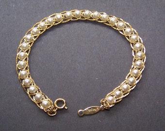 Vintage Napier Pearl Goldtone Bracelet