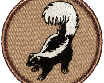 Skunk Patch (035) 2 Inch Diameter Embroidered Patch