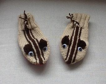 Chipmunk mittens
