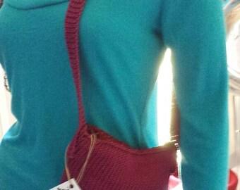 Maroon shoulder bag