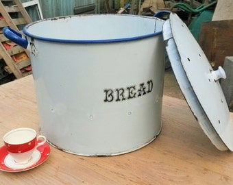 VERY LARGE VINTAGE Bread Bin