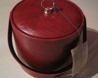 Georges Briard Vintage NEW Vintage Red Vinyl 3 QT Ice Bucket