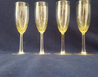 gold dottted bubbly glass