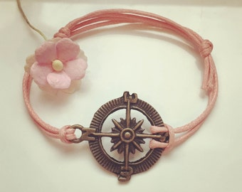 Kompass - charm on a bracelet in pink, waxed cotton, vintage, statement, blogger, compass