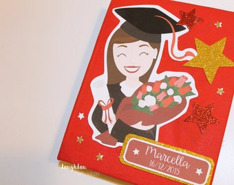Guestbook graduates with personalized Portrait