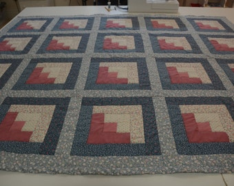 Log Cabin Quilt - Shades of Blue and Pink