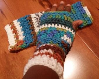 SALE*** Crochet wrists warmer (Peruvian color)