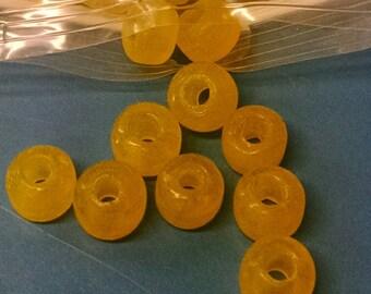 PB016-yellow glass pony beads